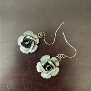Jewelry - Flower earrings